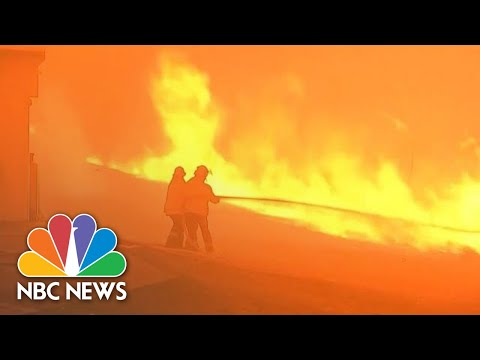 Deadly Wildfires Burn Out Of Control, Threaten Australia's Biggest City | NBC News