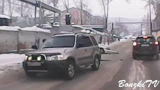 Car Crash Compilation 2017   Part 17