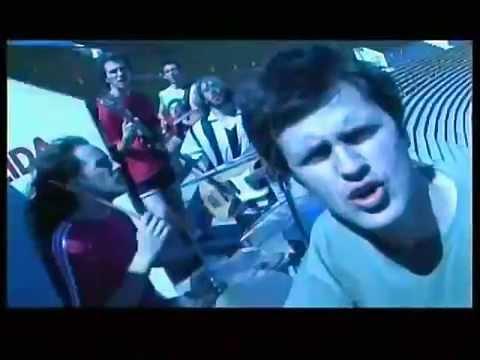 Los Piojos - Maradó (Video oficial)
