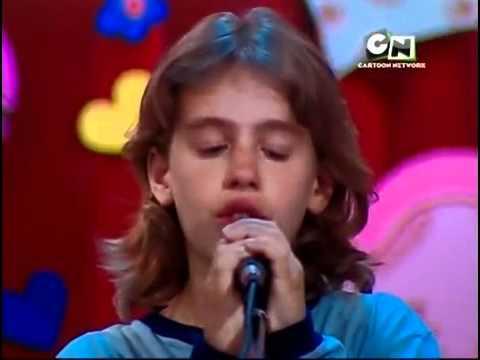 Flor 2 - Thomas canta la canzone della festa della mamma
