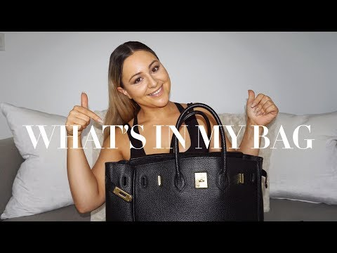 WHAT'S IN MY BAG??