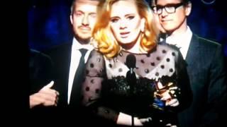 Baixar Grammy: Adele recebe prêmio  - Albúm do Ano (