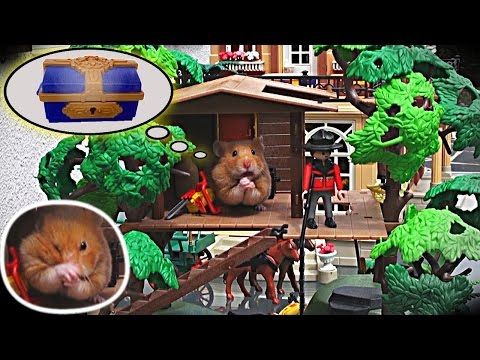 Java the tiny pirate hamster is doing a hold-up in a Playmobil mansion (+English subtitles)