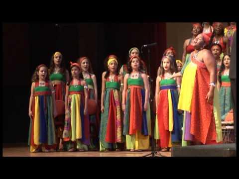 Senzenina Canção de lamento e protesto da Africa do Sul Maestro Cícero Alves