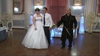 Казак отжигает на свадьбе/Лысый жжет