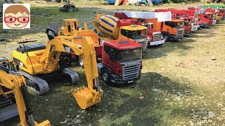 Excavator videos for children | Trucks for children |A construction truck toy breaks brick wall!