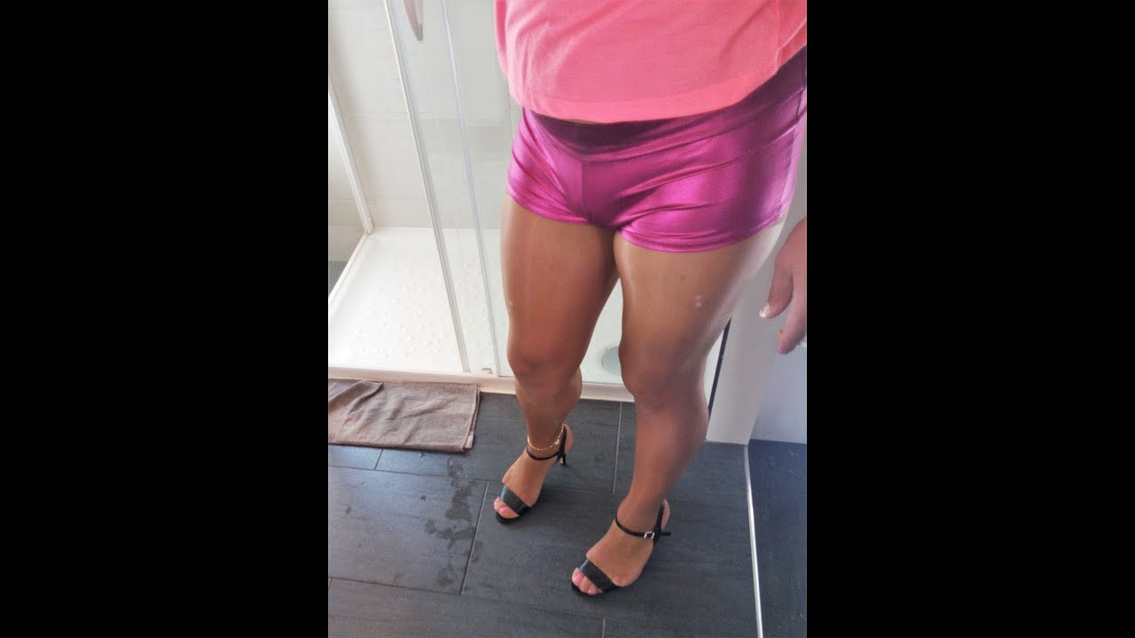 Crossdressers in pantyhose and heels apologise, but