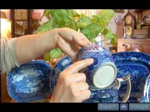 How To Collect Blue China Dishes : Blue & White China Patterns: Detailed Patterns