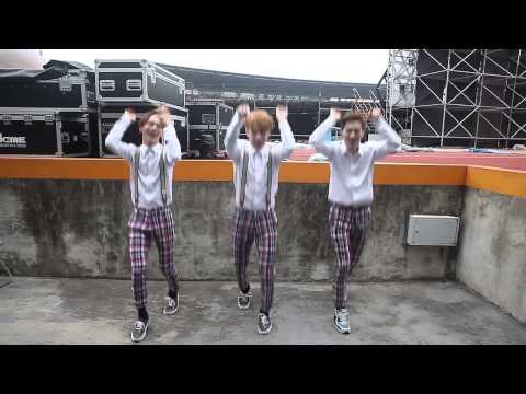 EXO 공식 댄스D&E CHOK CHOK DANCE