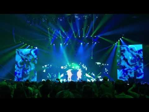 Twenty One Pilots - Lane Boy LIVE (Emotional Roadshow Tour 2017 Albany NY)