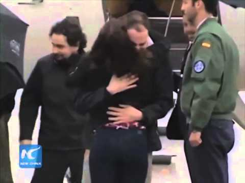 Spanish journalists return home after Syria kidnapping