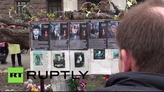 Одесса вспоминает жертв пожара в Доме профсоюзов(2 мая исполняется год с трагических событий в Одессе. Более тысячи человек пришли на площадь Куликова поля,..., 2015-05-02T14:09:32.000Z)