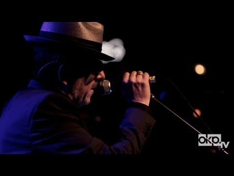 "Elvis Costello & The Roots - ""Wise Up Ghost"" Live In Brooklyn"