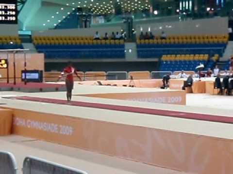 Laerke Andersen in Vault rutine at gymnasiade Doha Qatar dec 2009 1 jump.