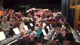 Jostiband Orkest en Helemaal Top in Dorpshuis