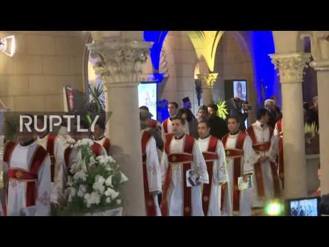 Egypt: Pope Francis visits bombed Coptic church in Cairo