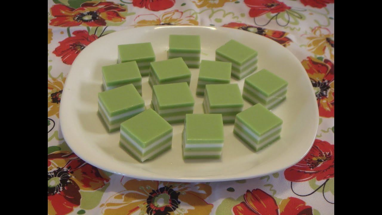 Pandan And Coconut Jelly Cake