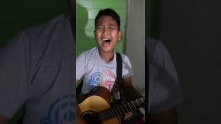 fantasia bulan madu akustik cover by hazury 12years old