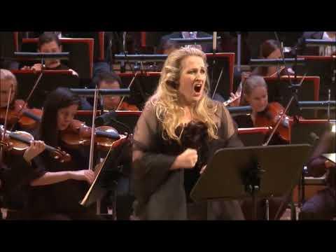 49 Sopranos Hits High Eb in ''Spargi D'amaro Pianto'' Lucia Di Lammermoor