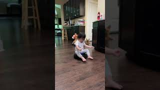 Baby funny video/  혼자서 로봇 청소기 …