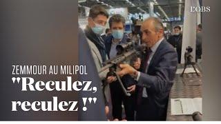 Eric Zemmour vise des journalistes avec un fusil au salon Milipol