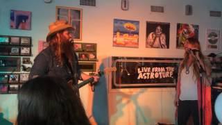 Chris Stapleton and Morgane Stapleton - Fire
