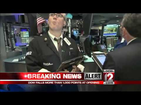 US markets plunge at opening
