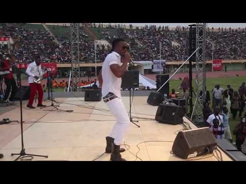 Flavour - Live Performance In Burkina Faso