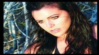 Download Video Isabella Castillo - Version of