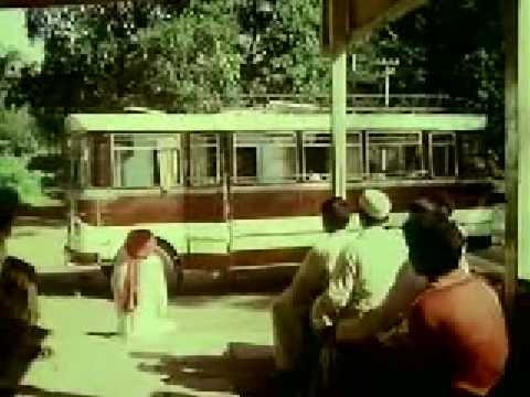 Download Naram Garam (1981) Part 7