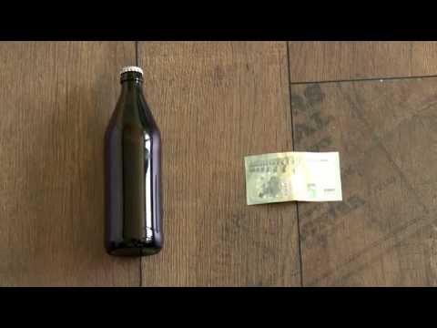 Der Hebel-Trick: Ein Bier mit einem Geldschein öffnen