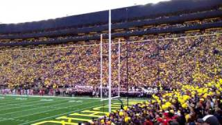 Michigan Stadium singing Journey - Don