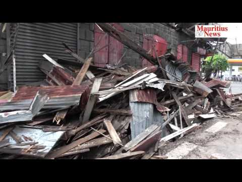Mauritius News: L'effondrement du QG du PTr