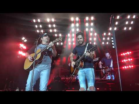 Thomas Rhett & Rhett Akins That Ain't My Truck & Boys Round Here PHX 6 23 18