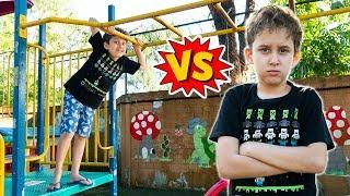 Gambar cover Tipos de Crianças no Parquinho com Paulinho