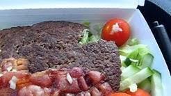 Testissä Burgerisalaatti (Hesburger)