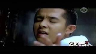 Ketika Cinta Bertasbih - Melly Goeslaw feat. Amee