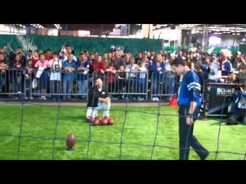 Adam Vinatieri Kicks in NFL Experience