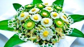Украшение салата цветами из яиц