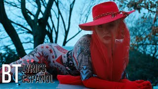 Iggy Azalea - Sally Walker (Lyrics + Español) Video Official