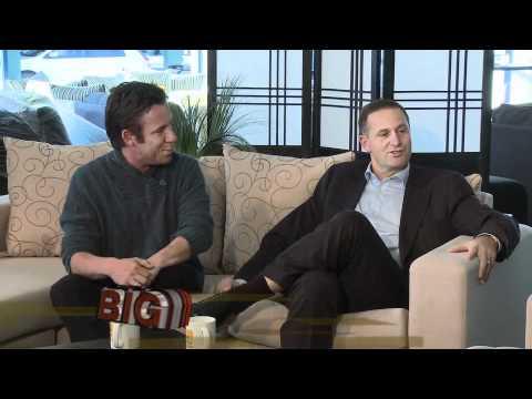NZ PM John Key talks fitness on Moon TV