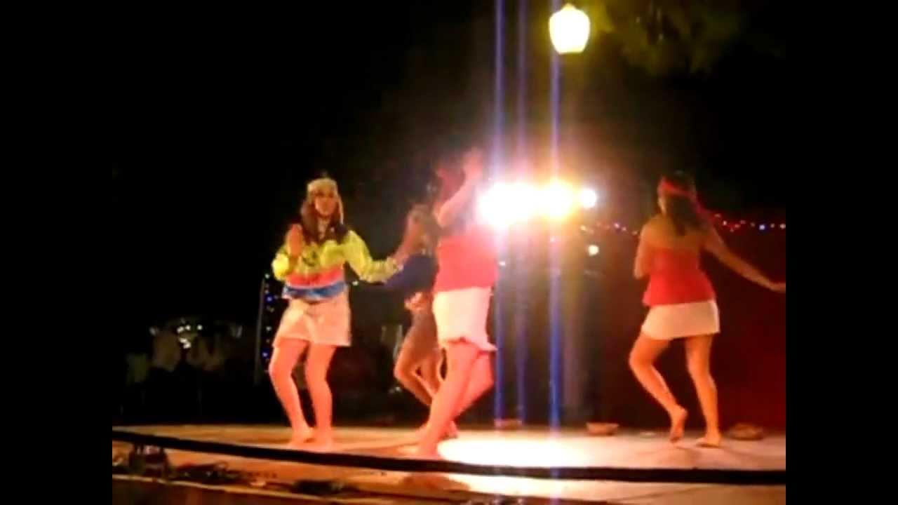Anaconda music video - 3 3