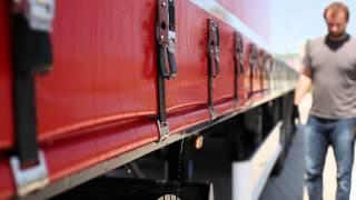 Příprava nákladního auta na jízdu - plachta, sedlo, připojení přívěsu