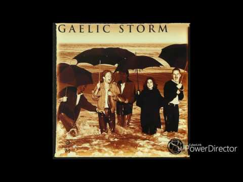 Hills of Connemara - Gaelic Storm (Lyrics)