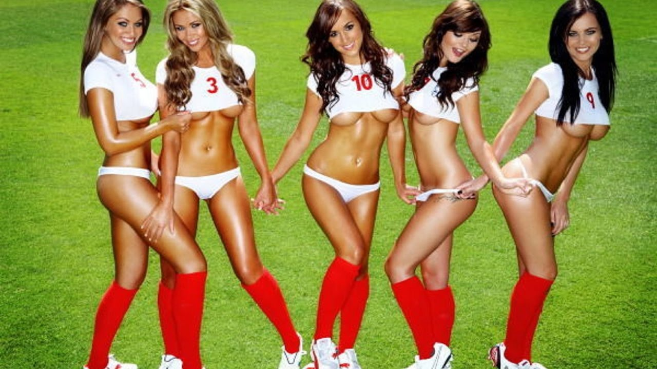 Hot girl play football uploaded by lavdim sadiku