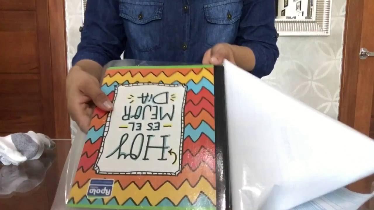 Tip para forrar libros con papel adhesivo back to school for Papel para forrar puertas