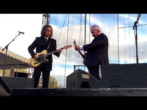 John Prine - Your Flag Decal Won't Get You Into Heaven Anymore (RNBNBBQ 10/1/17)