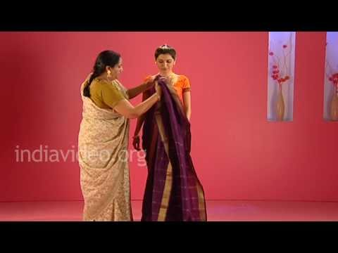 How to wear a Marwadi saree in Maharashtrian style