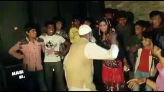Video Salaam e ishq meri jaan by hyderabadi chichaa download MP3, 3GP, MP4, WEBM, AVI, FLV Agustus 2018