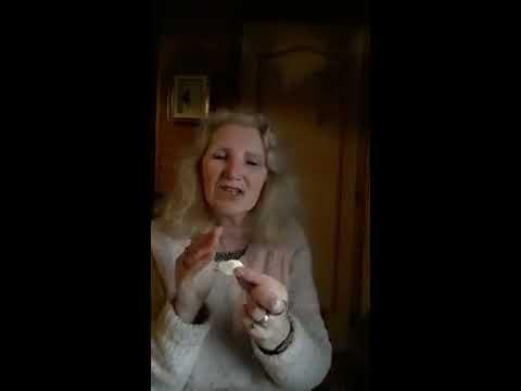 Sarah Barton - Natural Cold Remedy - Garlic is Not Just for Driving Away Vampires! LOL